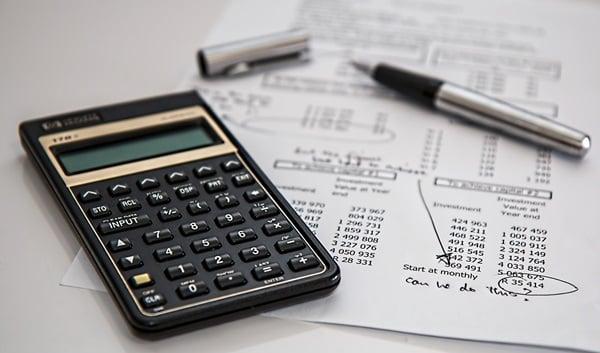 Menghitung biaya angsuran